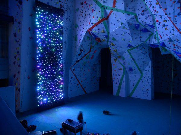 cusrtom installation led curtain