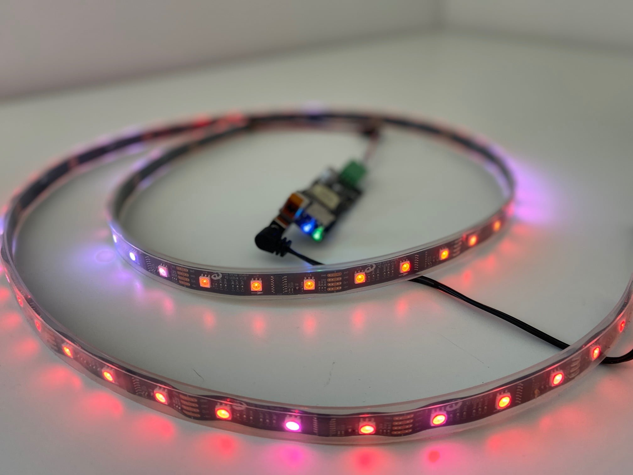 Reactivo hardware with digital LED strip